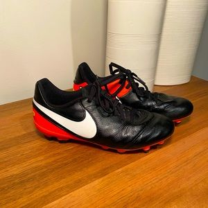Nike football boots size 5Y